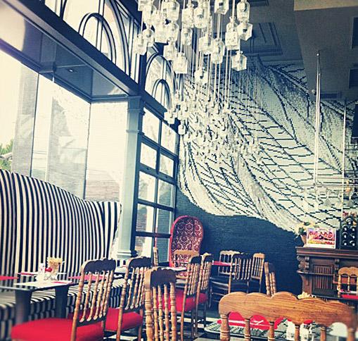 Ресторан La Ferme- очень красивый интерьер