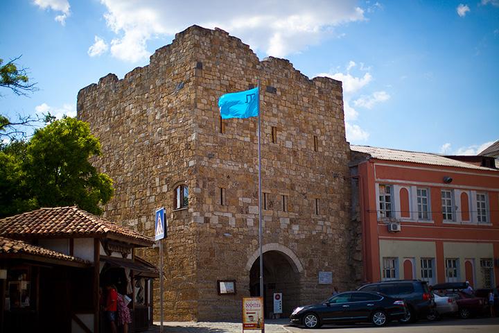 Гезлевские ворота