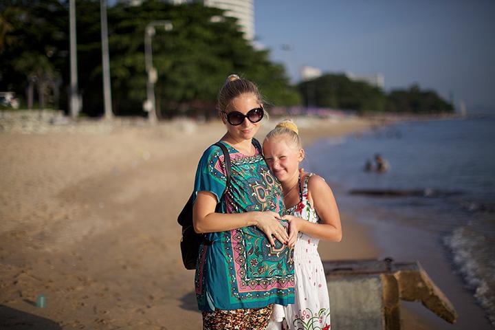 пляж у отеля Роял бич вью