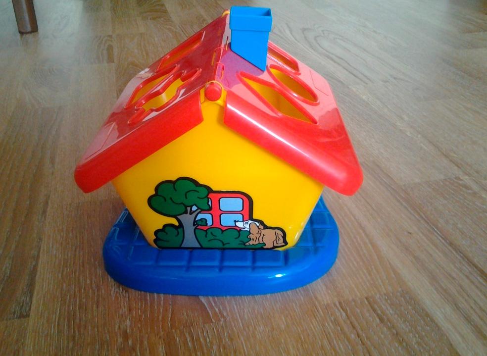 сортер Полесье - очень полезная и недорогоая игрушка