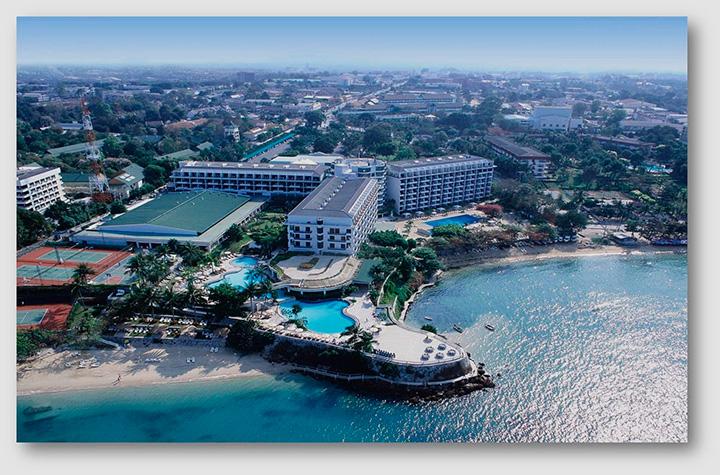 Вид на отель Дазит Тани с высоты. Здесь можно рассмотреть 2 пляжа, которые есть у отеля
