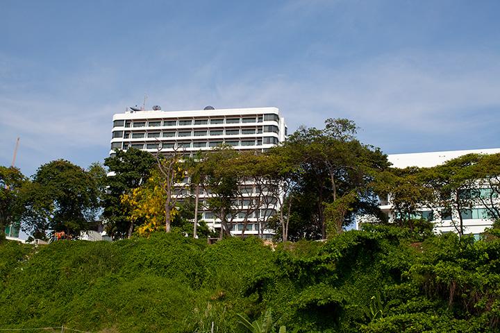 2 корпуса отеля Кози Бич