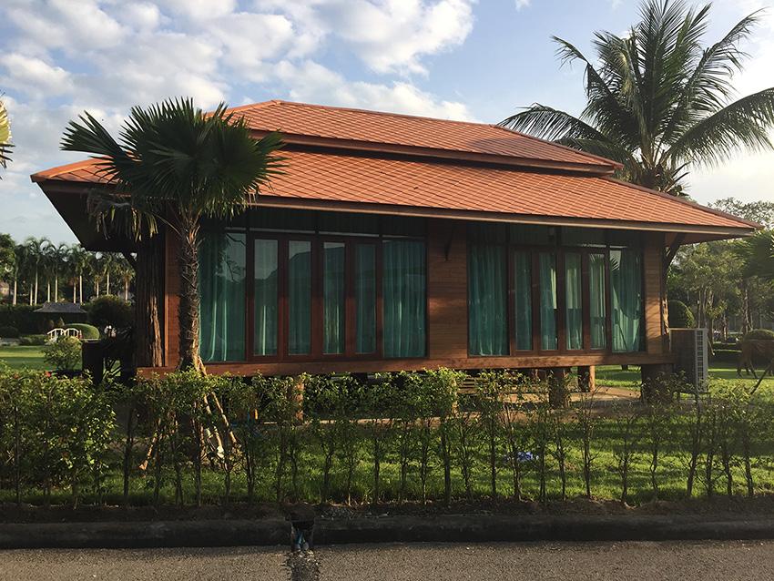 домики стоят от 2000 до 5000 бат
