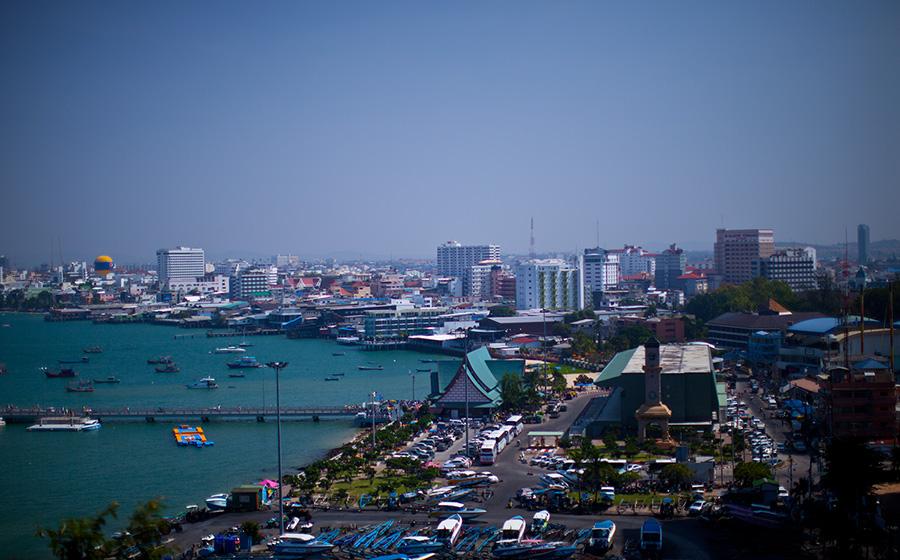Вид на пирс Бали Хай со смотровой площадки