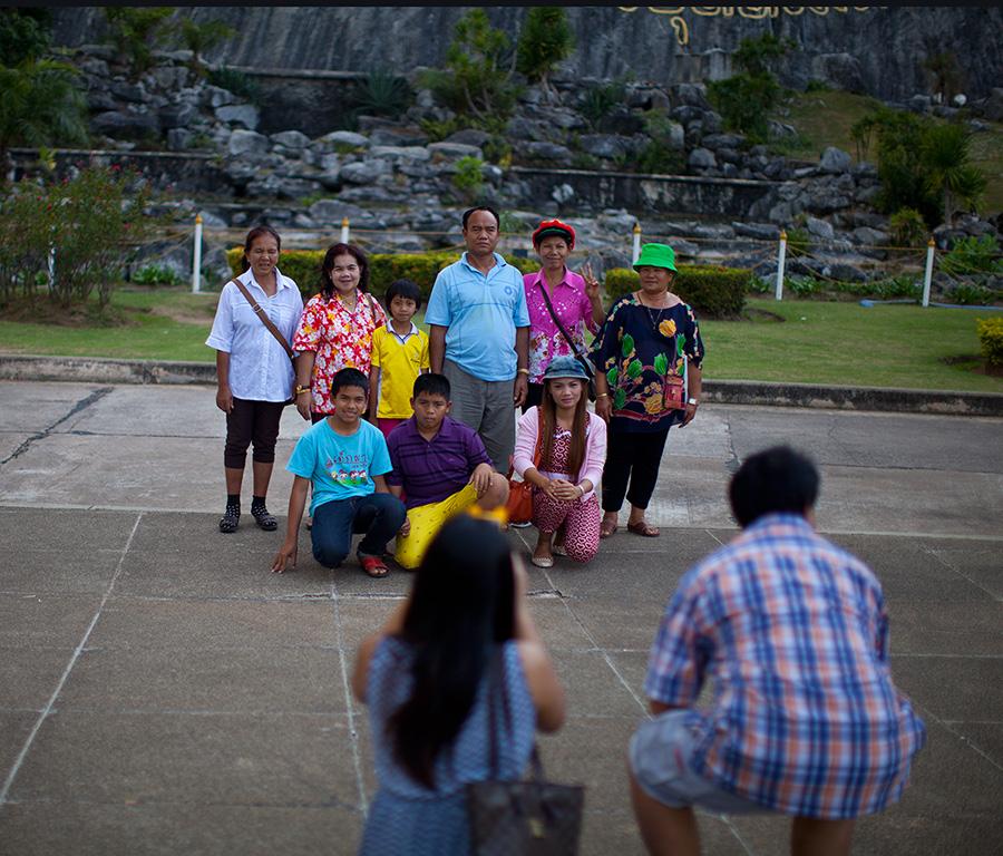 Кхао Чи Чан популярное место у тайцев, место паломничества