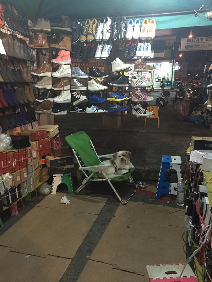 ночной рынок в Паттайе фото