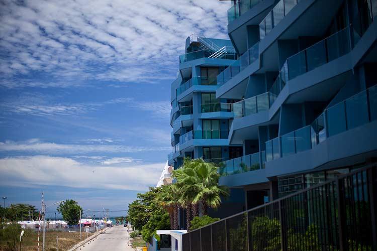 квартиры у моря в Паттайе - аква кондо фото, до моря подать рукой!