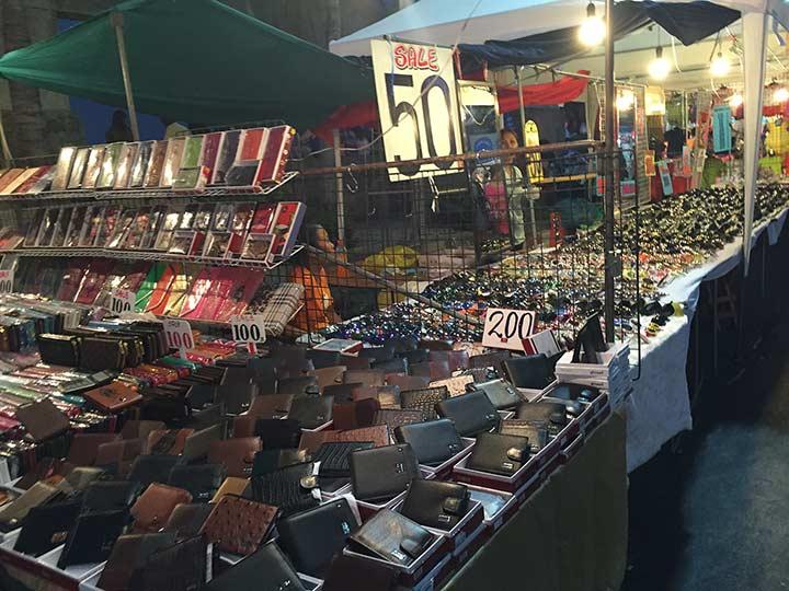 цены в Паттайе на кошельки и прочее
