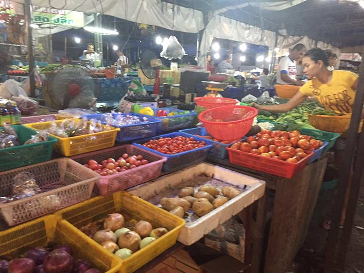 овощи на рынке пратумнак сои 5
