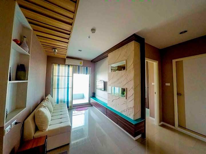 гостиная в Люмпини Джомтьен кондо в квартире