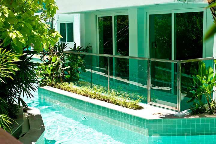 амазон Паттайя - бассейн фото