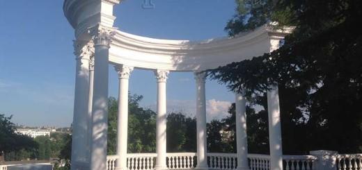 достопримечательности Севастополя - фото белая ротонда