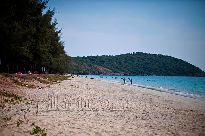 вторая часть пляжа, Пляж Хат Нанг Рам имеет длинную береговую полосу, места и песка хватит всем без всякой толчеи