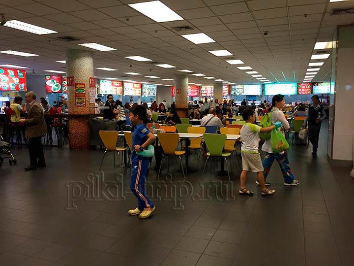 фудкорт в аэропорту Суварнабхуми Бангкок фото