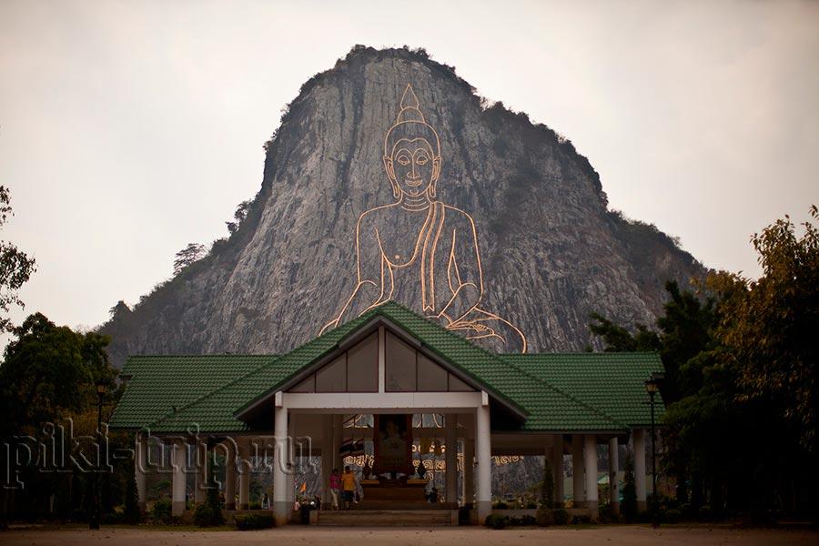 Достопримечательности в Паттайе: гора Золотого Будды (фото)