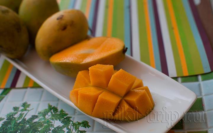 для десертов советую манго с зеленой шкуркой сортов нилум и кавае савой