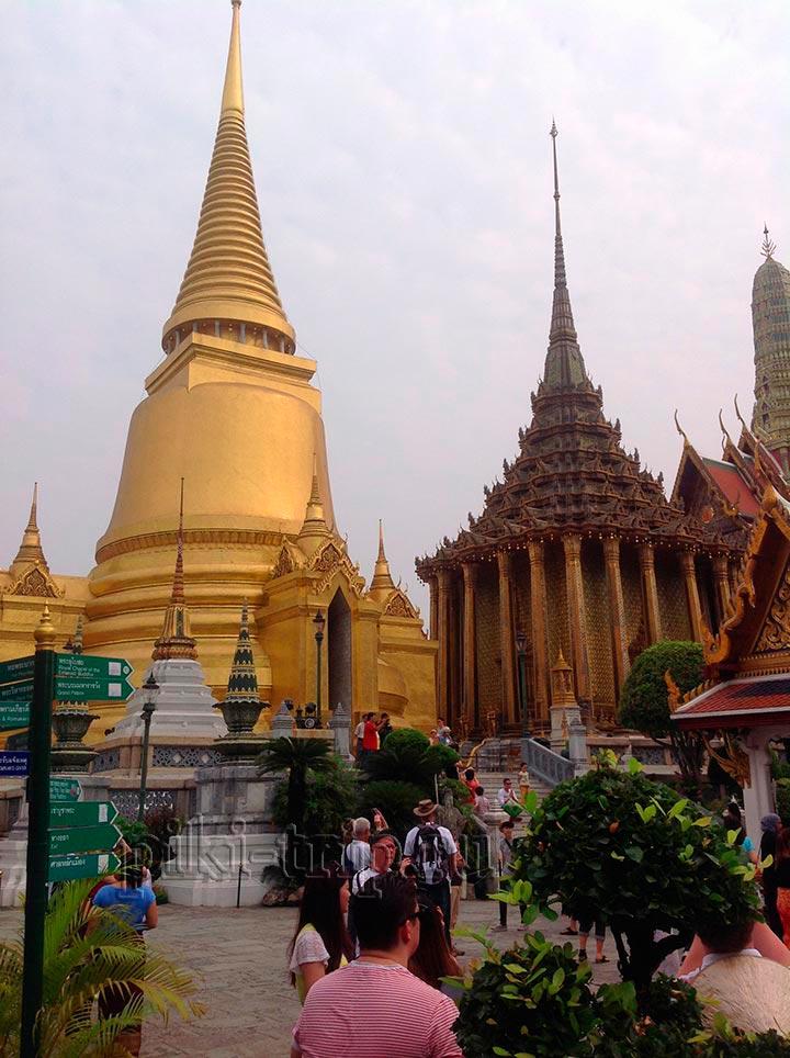 Королевскйи дворец в Бангкоке изумрудный будда ват пра кео
