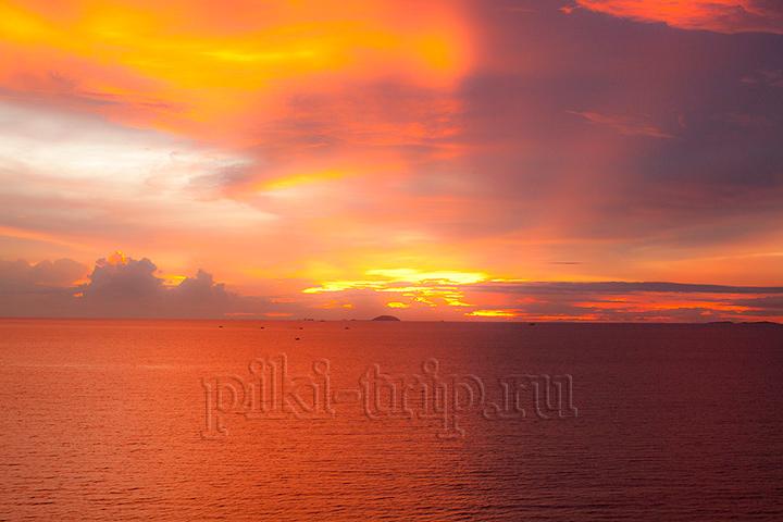 Закаты в Тайланде потрясающие