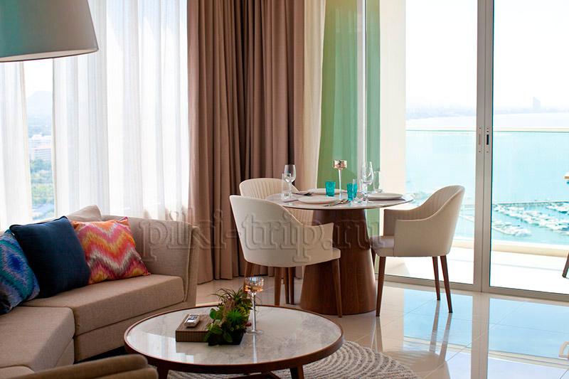гостиная в Movenpick Siam Pattaya Hotel 5 резиденс