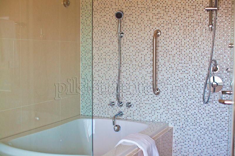ванна в 2-бедрум и в любой квартире просто потрясающая