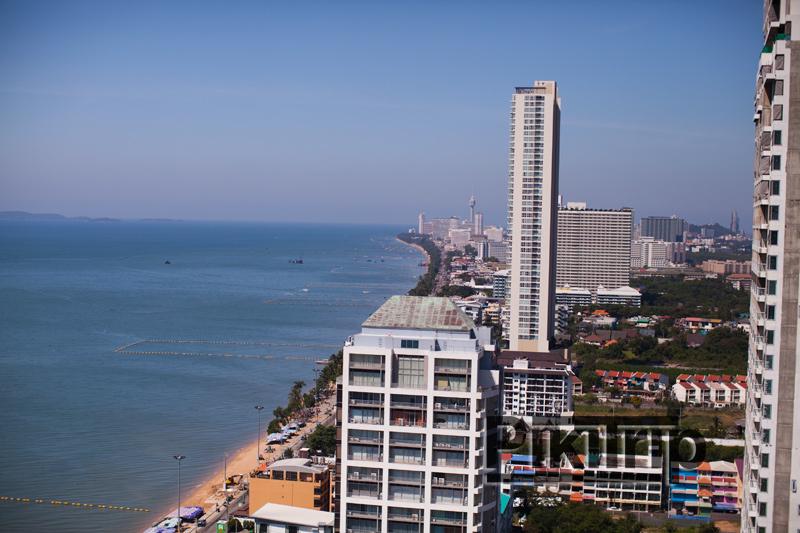вид на пляж с 29 этажа