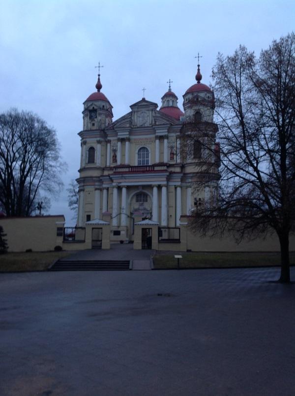 Достопримечательности Вильнюс: Костел Святых Петра и Павла (Фото)