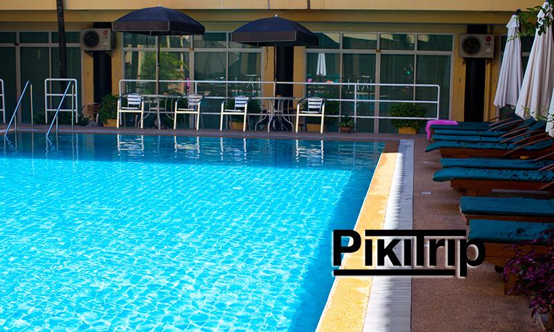 бассейн при отеле зинг