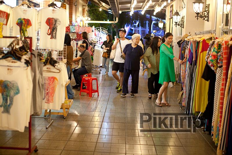Asiatique River Front - Ночной рынок и колесо обозрения в Бангкоке