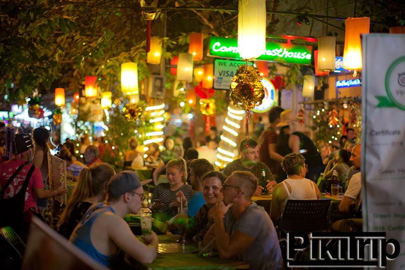 ул Каосан в Бангкоке