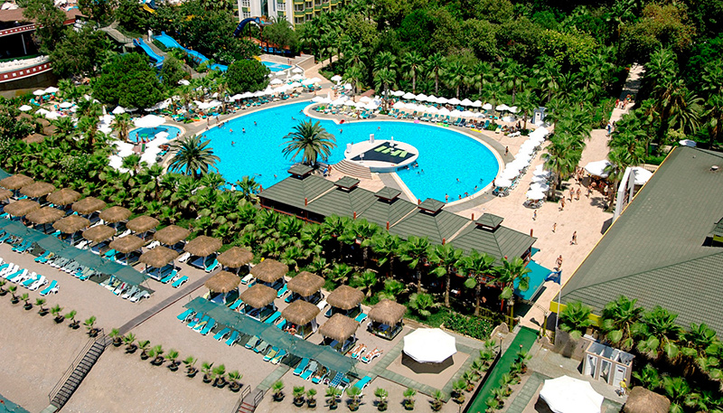 Delphin-Botanik-Hotel