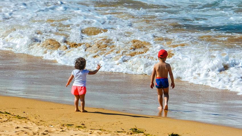 Где еще можно отдохнуть на море с детьми в июле