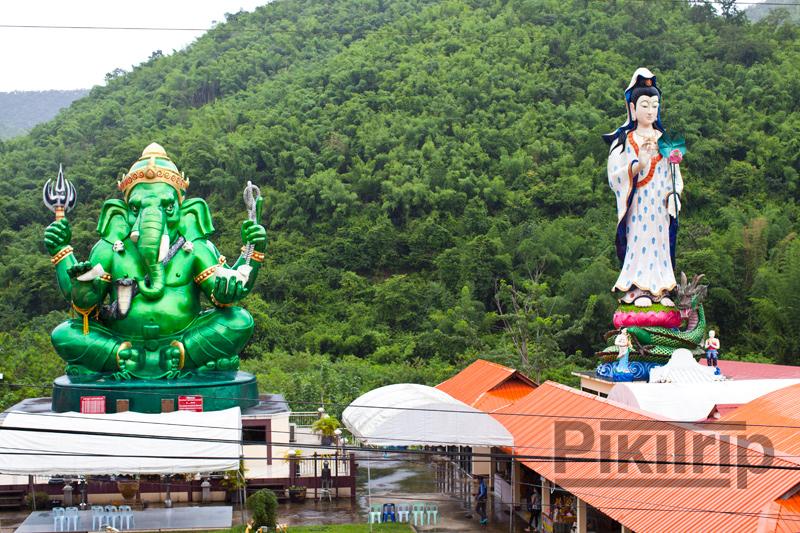 Храм Ганеши и богини Гуаньинь