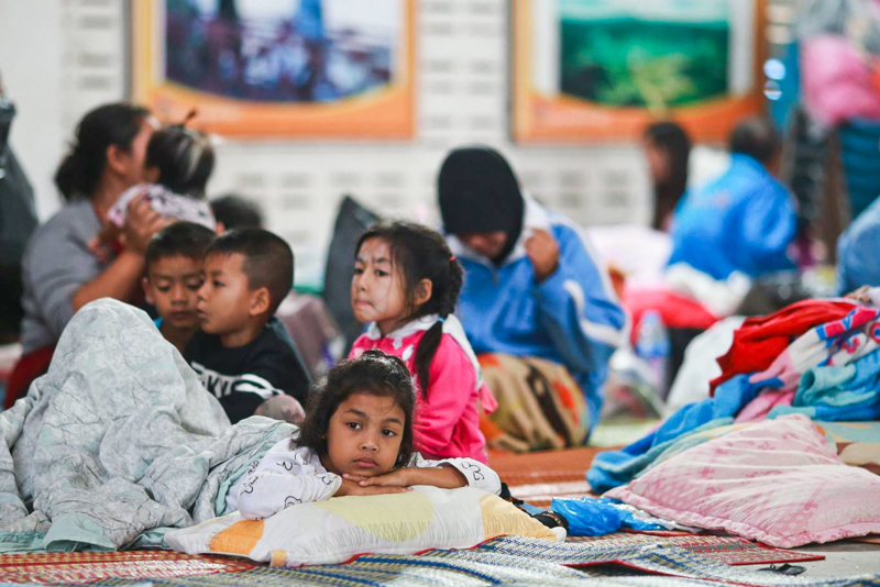 Тайфун в Таиланде - последствия. Эвакуация местных жителей