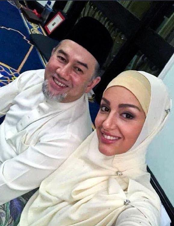 король Малайзии женился на мисс Москва и отрекся от престола
