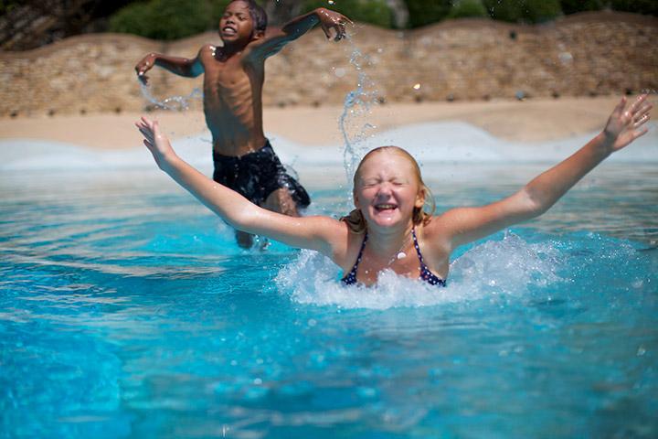 в бассейне классно!