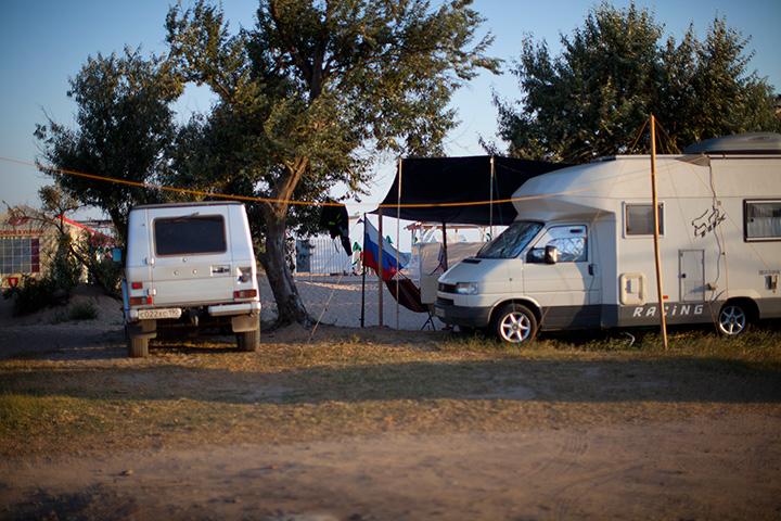 кемпинг в Евпатории фото на пляже лазурный берег