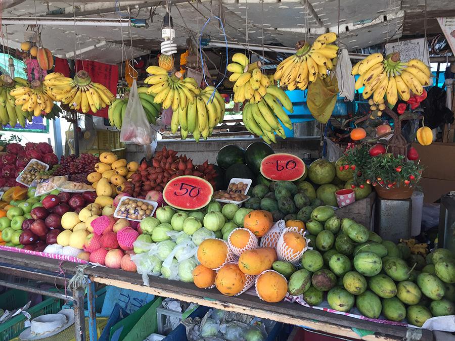 фруктовый рыночек у пирса На Бан на Ко Лане