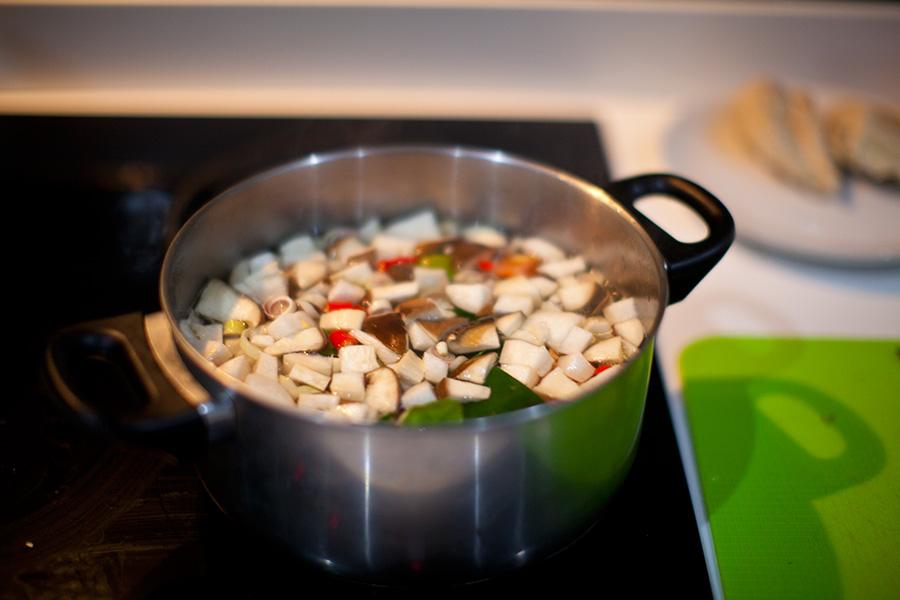 Суп Том Ям Кунг фото пошаговый рецепт