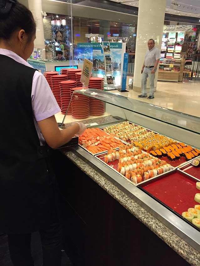 суши-роллы в Паттайе фото