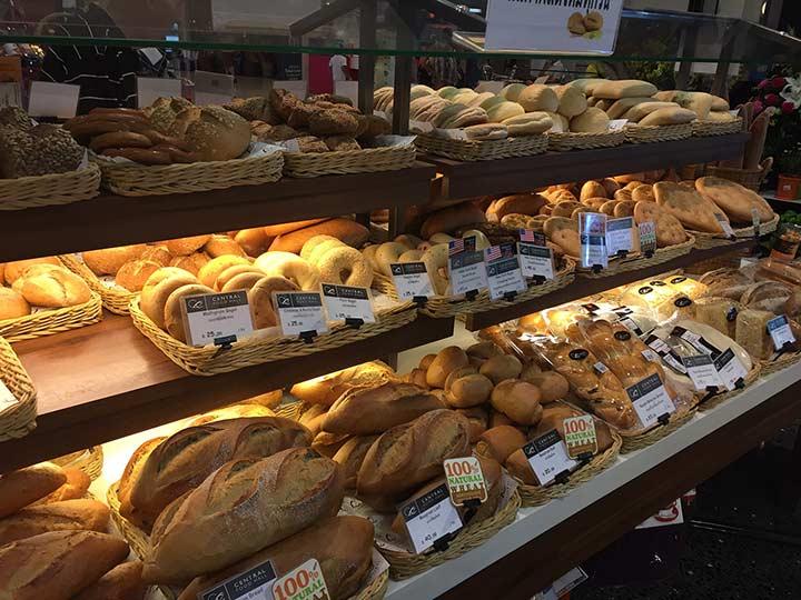 хлеб нормальный, только сохнет быстро