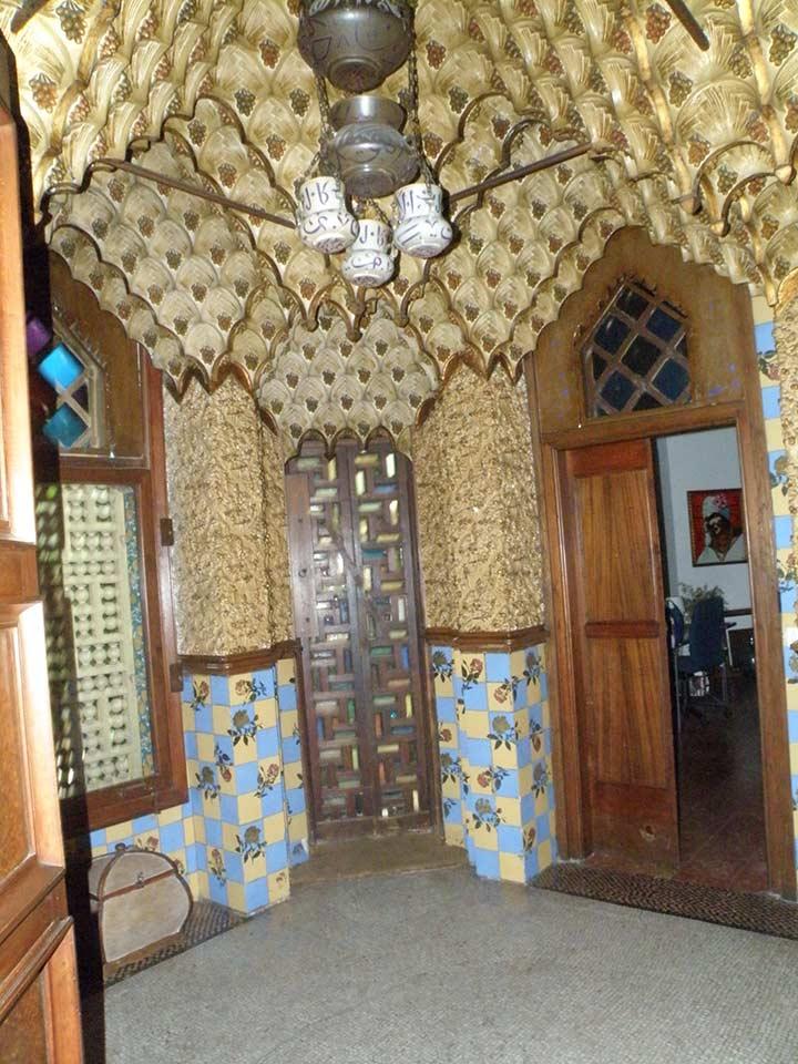 Внутренний декор Дома Висенс (фото)