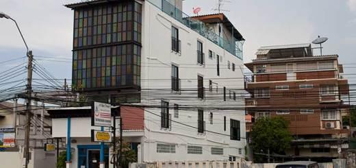 отель Hi baan thewet в Бангкоке фото