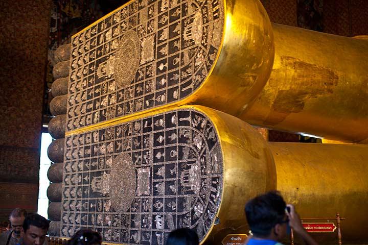 Ват Пхо лежащий будда в Бангкоке