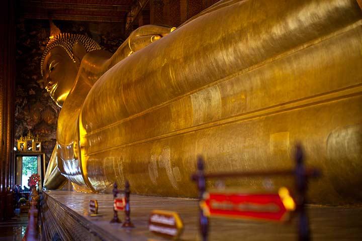 Храм Лежащего Будды в Бангкоке фото как добраться