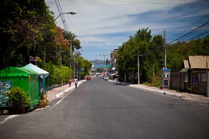 спуск по улице ( сои 4 пратамнак) к пляжу азия отеля