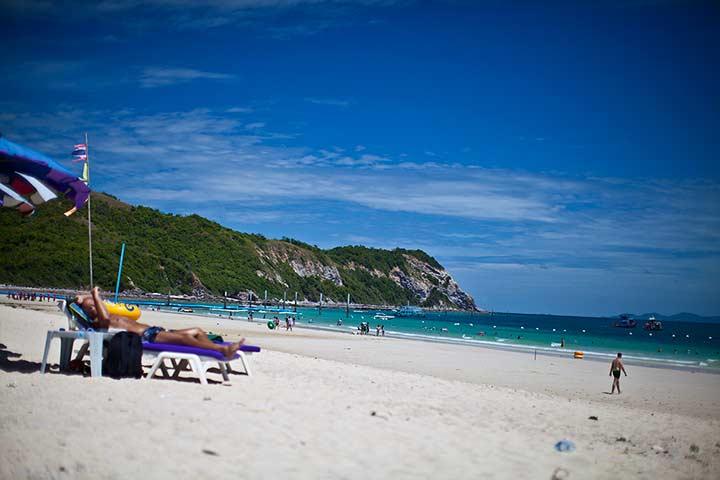 пляж Ко Лана Самае - фото летом