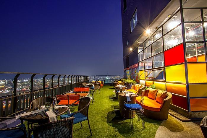ресторан на 25 этаже