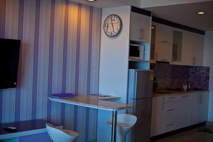 обеденная зона в квартире вью талай 7