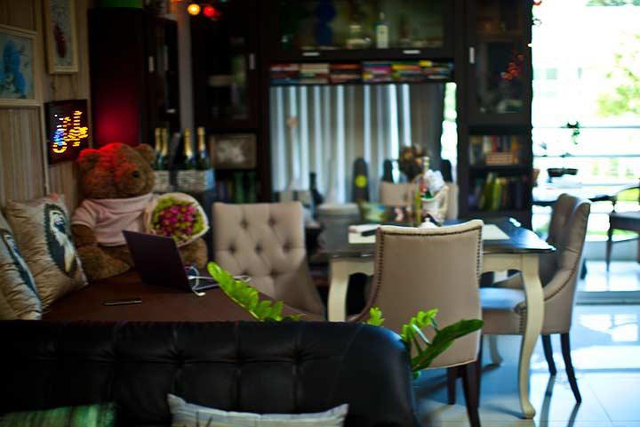 очень симпатичная кофейня в 7 талае внизу