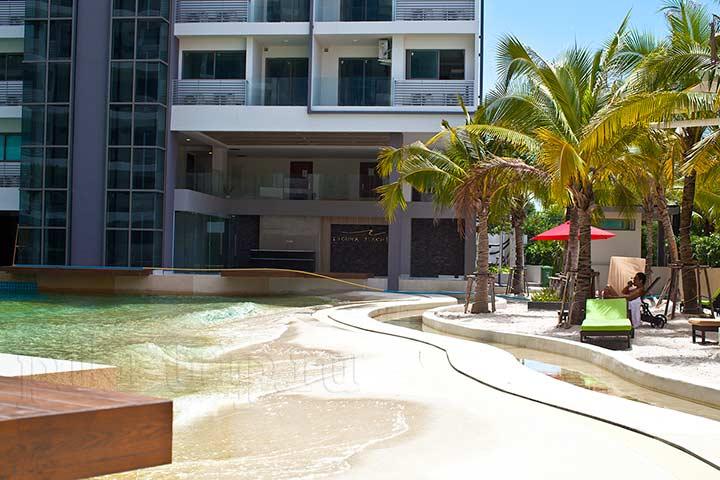 вот такой вот пляжик в Лагуна Бич кондо фото
